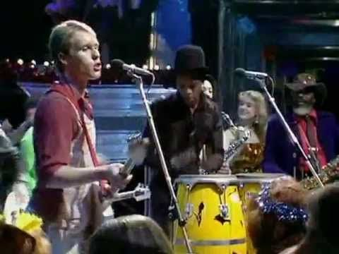 The Beat - Too Nice To Talk To (Top Of The Pops 1981) - YouTube