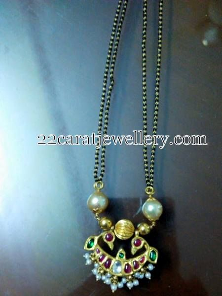 Black Beads Set Kundan Pendant