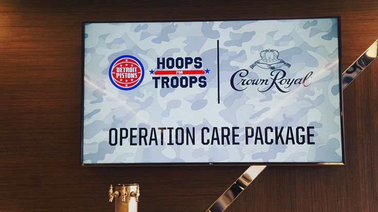 Pistons volunteers, along with @crownroyal and the Love a Michigan Vet Project, held Operation Care Package to assemble items to send to US troops serving overseas. #HoopsforTroops The post Detroit Pistons: Pistons volunteers, along with @crownroyal and the Love a Michigan Vet Project, … appeared first on Raw Chili.
