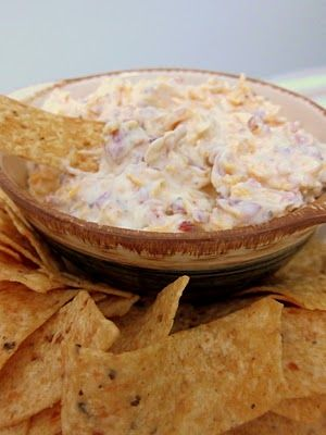 Crack Dip: Oh my gosh, I made this and now know why they call it crack dip! And if that wasn't enough, it was super easy to make!    16 oz sour cream   1 packet Ranch dressing mix   3 oz bacon bits (in the bag not jar)   1 cup shredded cheddar cheese    Oink!