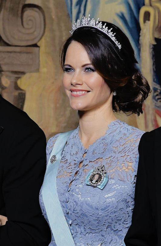 Princess Sofia looks absolutely stunning wearing her wedding tiara at the Official Dinner at Royal Palace in Stockholm, Sweden.    November 13rd, 2017