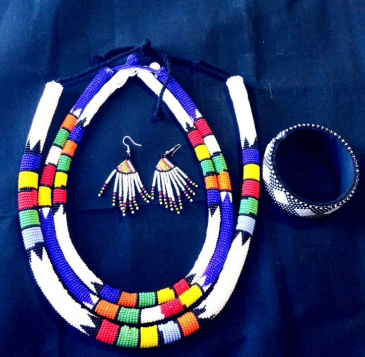 Cute Zulu beads..south africa!loooove then!