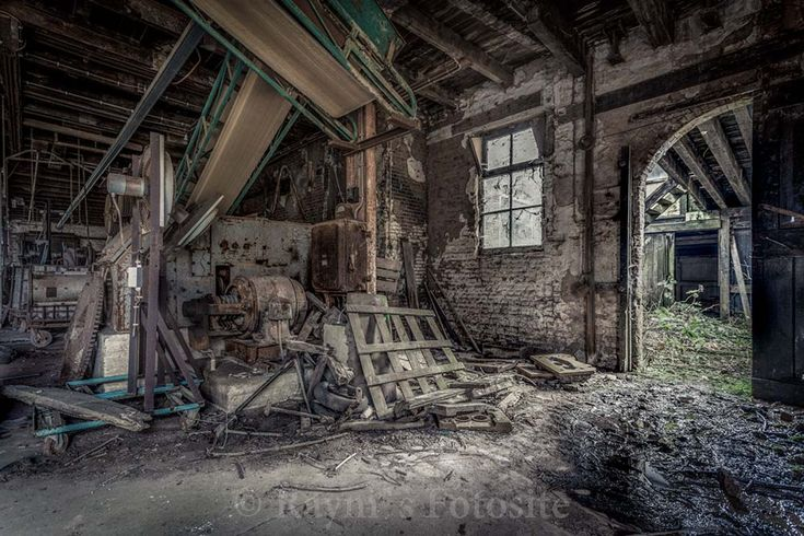 Potterie,kleiwaren,aardewerk.dakpannen fabriek,urbex,urban exploration,Nederland,verlaten