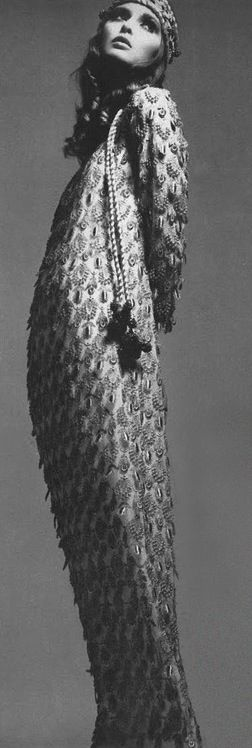 Photo by Richard Avedon for Vogue, 1968