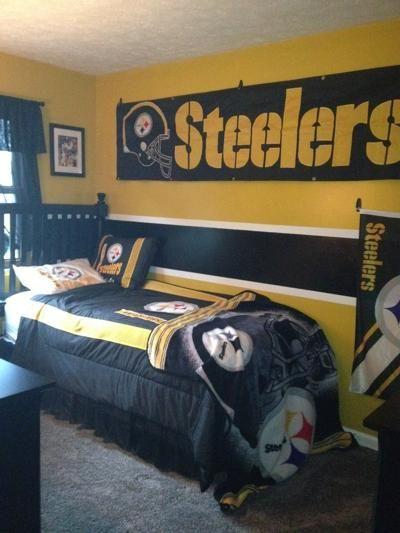 Steelers bedroom steelers gear pinterest for Pittsburgh steelers bedroom slippers