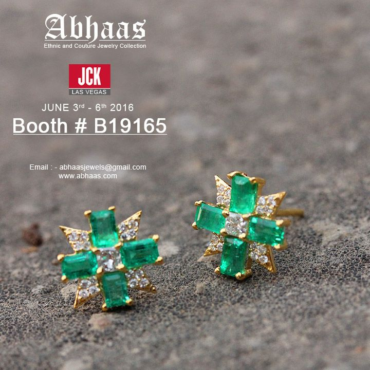 #18kgold #emerald #gemstone #pave #diamond #flowershape #earring #newpic #latestcollection #couture #jewelry #leadingmanufacturer #wholesaler   Looking forward to see you at JCK Las Vegas Email : abhaasjewels@gmail.com Tel : +1 732-444-4466