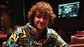 Arrestato un 19enne 'fanatic poker player' dietro all'attentato sventato a Londra