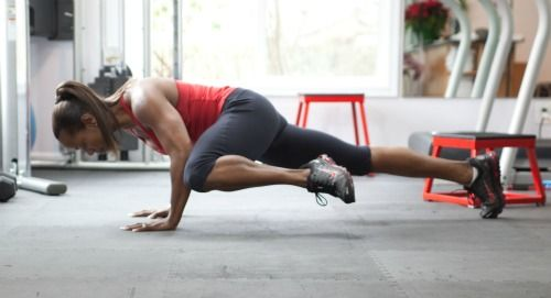 8 Intense Push Up Variations To Up The Difficulty & Pummel Your Chest