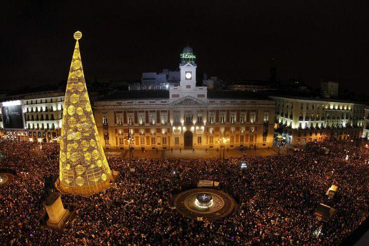 La celebración en la Puerta del Sol, en Madrid. | EFE.