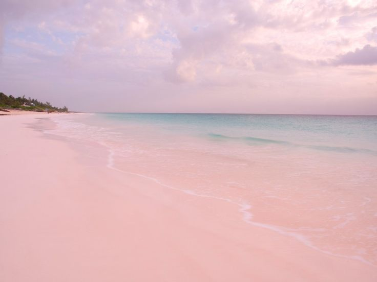 The cotton candy-colored shores of Pink Sands Beach look like a fairytale (and make for the perfect Instagram). This Bahamian escape stretches for five kilometers (roughly 3 miles) along Harbor Island, and, thanks to a nearby coral reef, has very calm waters. Head there during sunset to see a beautiful contrast of colors.