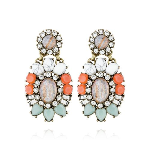 Heritage Blossom Convertible Earrings $48 E256 #chloeandisabel #color #statementearrings Get your daily dose of sparkle with the mother-of-pearl studs, or attach the dazzling floral drop components to make an instant statement.  https://www.chloeandisabel.com/boutique/mariesluxurygirljewels