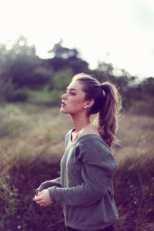 :: comfy sweater. high pony tail. ::