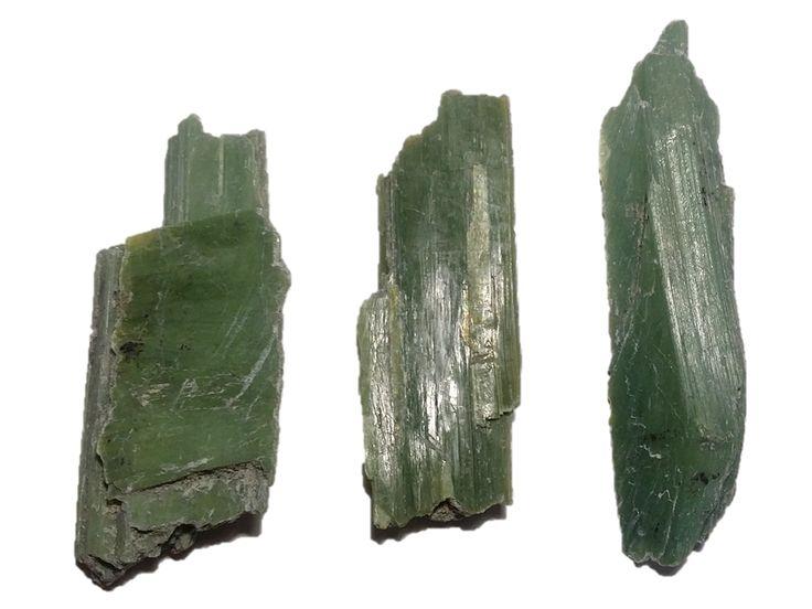 Picrolite-Antigorite, Serpentine Hill, Zeehan District, TAS (46.3g) Chris Ah Yee and Janice Krause (2017)