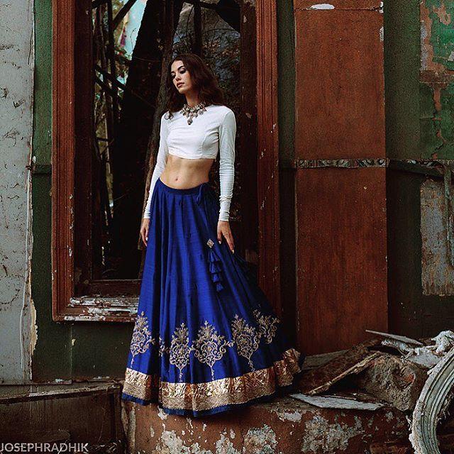 Jayanti Reddy collection