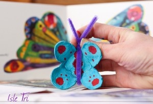 butterfly from eggcarton  http://mintamokus.com/pillango-tojastartobol/