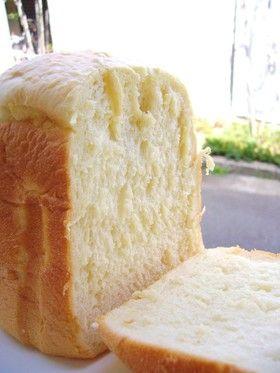 ふんわり幸せ♡♥♡HBで豆腐の食パン [Tofu Bread] // 250g bread flour, 30g sugar, 3g salt, 30g margarine, 150g silken tofu, 100 cc milk, 3g dry yeast