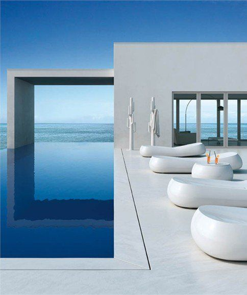 Garden daybed GUMBALL SUNLOUNGE by PLUST Collection | #Design Alberto Brogliato #pool #white #summer #outdoor
