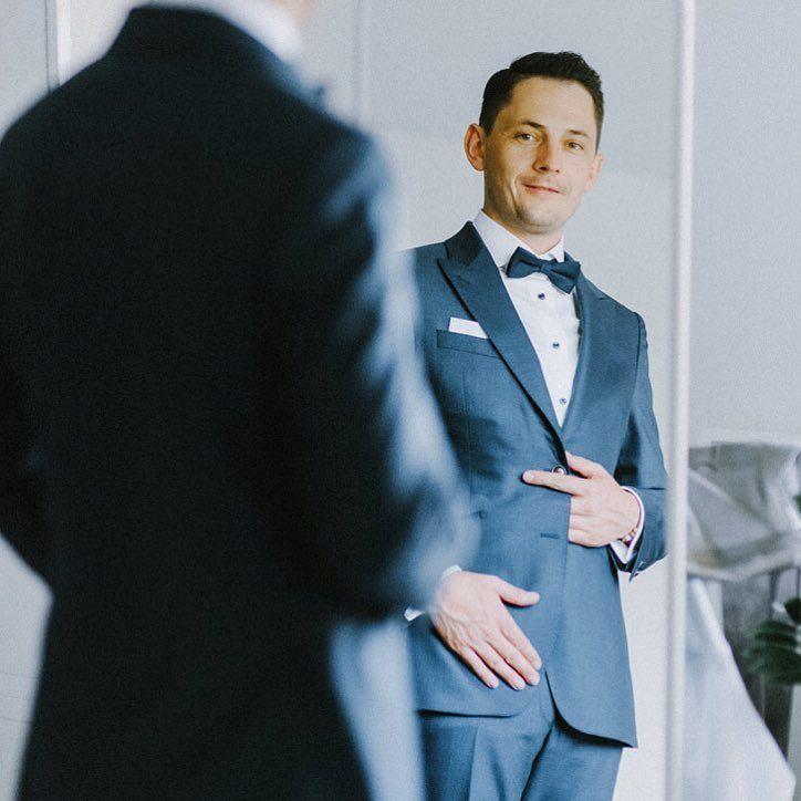 Dziś coś dla Panów to może być Twoja ślubna inspiracja na 2017 rok? Garnitur i koszula: @signorleone jak Wam się podoba? . www.jamstudio.pl . #slub #wedding #weddings #weddingphotographer #fotografslubny #justmarried #married #groom #groomsuit #konsultantslubny #dworslupia #slubwplenerze #garnitur #man #slubneinspiracje #slubnaglowie #polishwedding #weddingplanner #slubplenerowy #fotografslubnywarszawa #signorleone #sweetwedding #zankyou #weselewnamiocie #fotografnaslub…