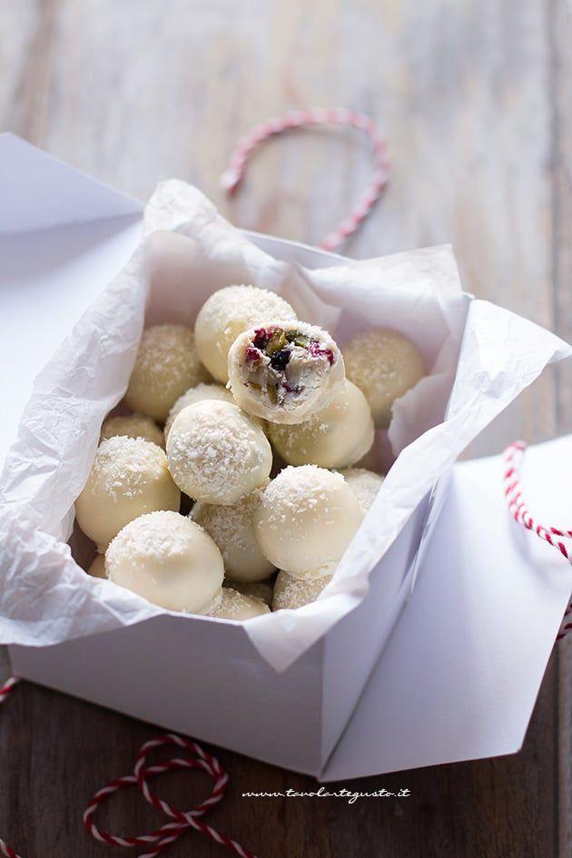 Tartufi al cioccolato bianco (facili, veloci, in tante varianti!)