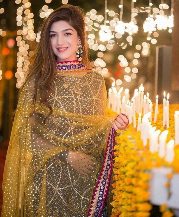 499 best images about mayoun mehndi dress on pinterest for Pakistani wedding mehndi dresses
