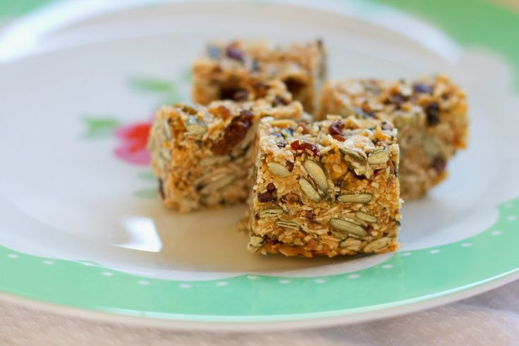 Sharing a recipe for Birdseed Bars today - with no refined sugar! And they can…
