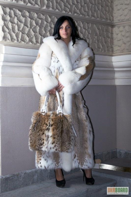 lynx & white fox fur coat & bag....SO love this wish ...