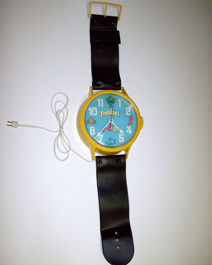 Vtg  Ralston Freakies Cereal Jumbo Wristwatch Wall Clock Electric Tested 1970s #Welby