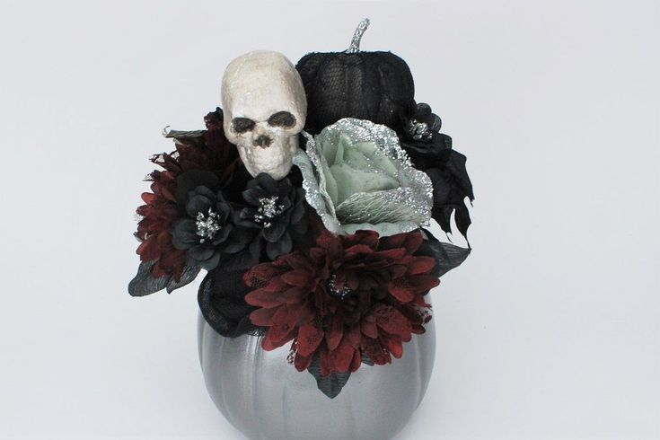 Gothic Halloween Pumpkin Bouquet