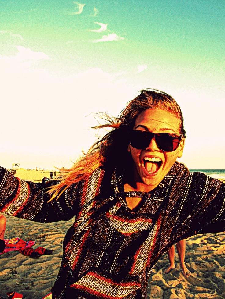 Wooo: Beaches Fun, Happy Beaches, Beaches Time, Summer Sweaters Beaches, Summer Lovin, Ponchos, The Beaches, My Style, Drugs Rugs
