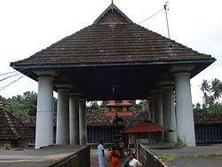 ThiruvanchikulamTemple.JPG