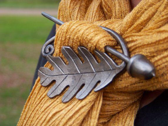 Hand Forged Oak Leaf and Acorn Scarf Pin. $41.00, via Etsy.: Oak Leaves, Oak Leaf, Scarfs Pin, Hair Pieces, Forge Oak, Scarves, Acorn Scarfs, Thick Hair, Hands Forge