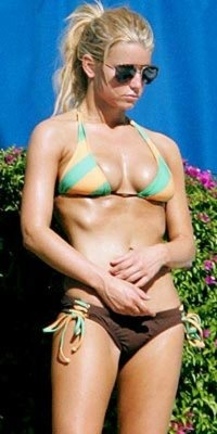 Super healthy Jessica Simpson. Inspiring.