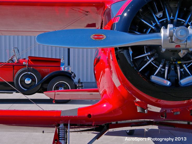 Your Ridiculously Awesome Beechcraft Staggerwing Wallpaper Is Here