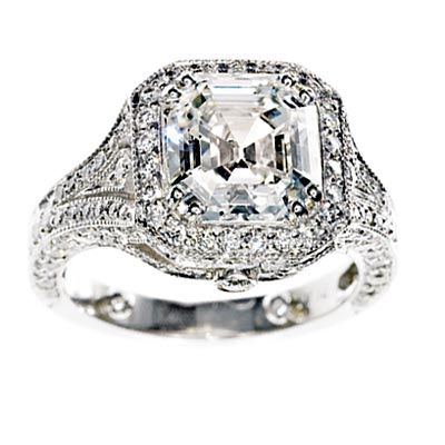 Am I the only one left who still likes vintage, ornate engagement rings?