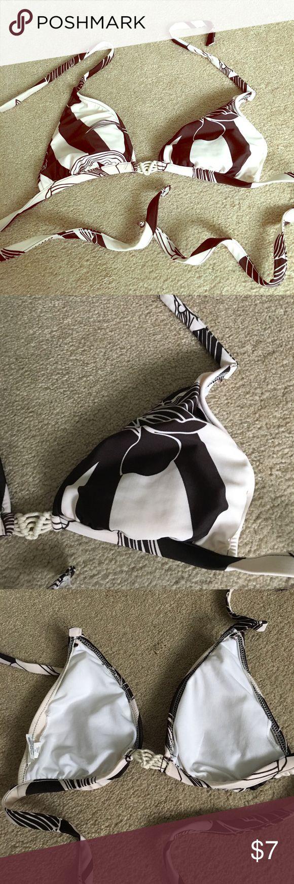 🏖Swim Top🏝 Mossimo brown n cream bikini top with removeable pads. 🌼 Mossimo Supply Co Swim Bikinis