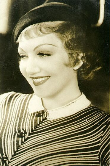 claudine colbert: Classic Movie, 1930S, Style, Claudette Colbert, Favorite Actors Actresses, Favorite Movies, Favorite Actresses, Classic Hollywood, People