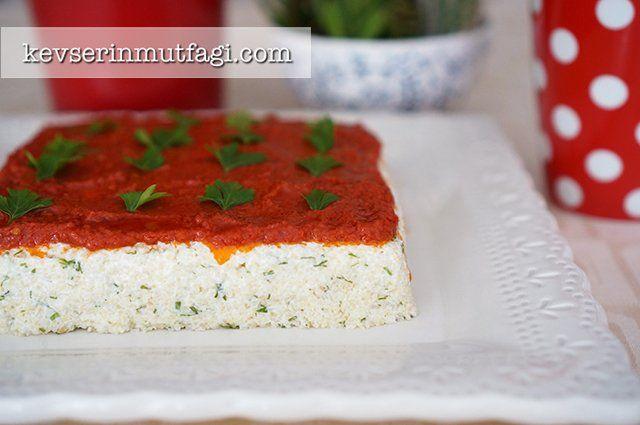 Yoğurtlu Bulgur Salatası Tarifi Nasıl Yapılır? Kevserin Mutfağından Resimli Yoğurtlu Bulgur Salatası tarifinin püf noktaları, ayrıntılı anlatımı, en kolay ve pratik yapılışı.