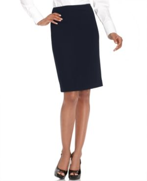 @Commandress Fashion Flashback - Never Fall in Love with Your Interview Suit