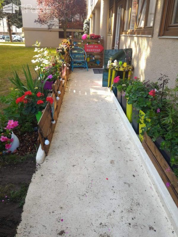 Vertical Pallet Garden Railing Along Our Access Ramp Pallet FencesPallet Planters & Compost Bins