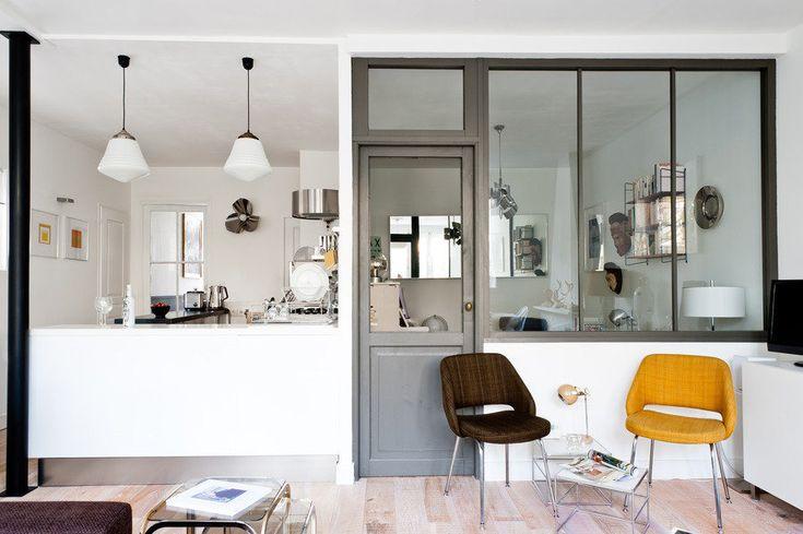 Binnenkijken in een Frans appartement met jaloersmakende vintage accessoires
