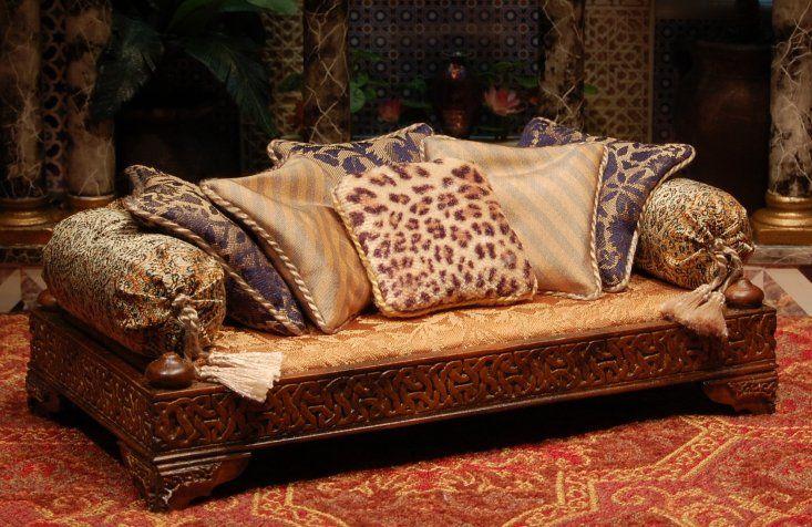 Madinat al zahra divan with silk and leopard pillows for Victorian divan