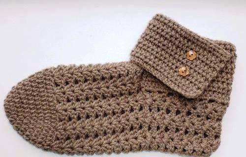 Para aquecer no inverno belo sapato de crochê