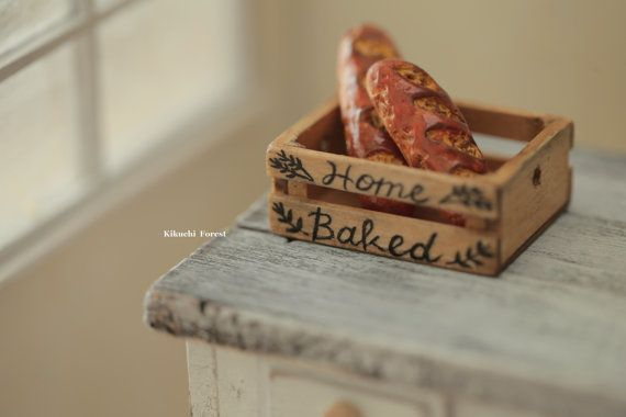 Miniature Food  Dollhouse Assorted Breads with by KikuchiForest #handmade #rustic #bakery #baguette #frenchstyle #pain #パン #loaf