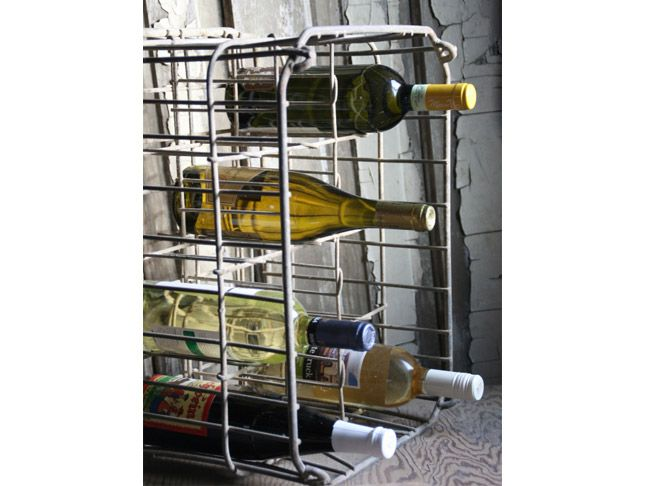 19 best hy vee images on pinterest iowa heartland and roots for Crate wine rack diy