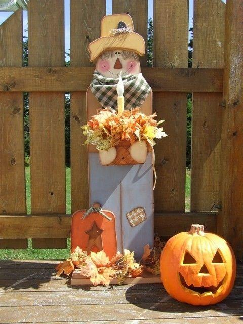 Pattern Packet Digital , Primitive Scarecrow , Painting  Wood. $4.95, via Etsy.