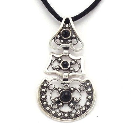 Pendant Galician traditional costume, silver and jet, handmade ​​by artisans of The Way of Saint James. Tax free - $44.90
