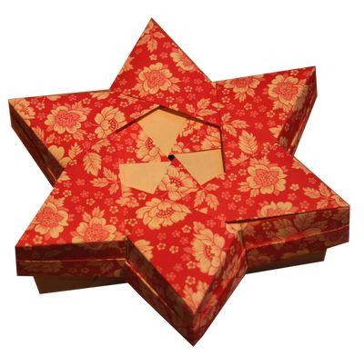 Origami Christmas Star Box By Robin Glynn
