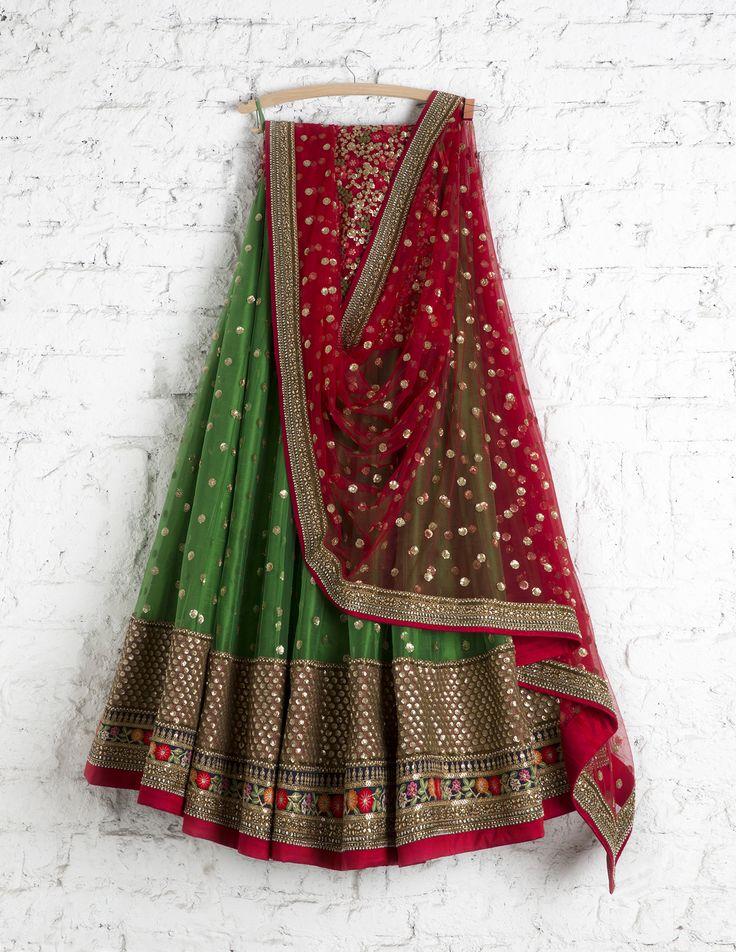 SwatiManish Lehengas SMF LEH 165 17 Emerald lehenga with kumkum red sequin dupatta and floral threadwork blouse
