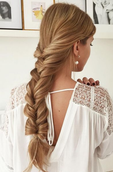 @lipskatron wearing her Dirty Blonde Luxy Hair Extensions in this Fluffy Braid! Click to learn how to create this perfect braid!   Photo By: https://instagram.com/lipskatron/  #LuxyHairExtensions