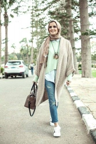 pastel colors hijab winter look, 27dresses winter collection 2016 http://www.justtrendygirls.com/27dresses-winter-collection-2016/